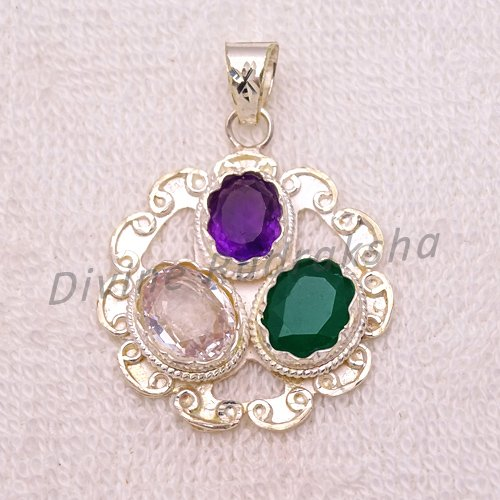 Gems Pendant for Taurus (Vrishabh) 1